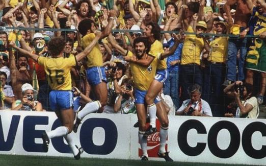 t_60700_a-selecao-de-1982-entrou-para-a-historia-como-um-dos-times-mais-queridos-pelo-torcedor-brasileiro.pjpeg_